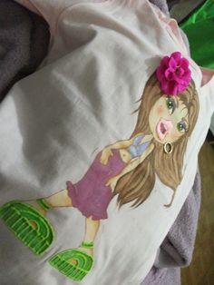 @ Camiseta Pintada à mão. Bratz Bocuda.6
