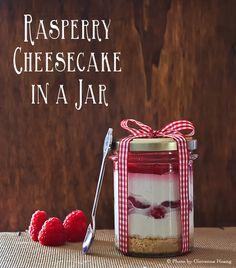 Cheesecake ai lamponi in barattolo