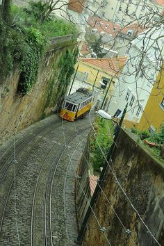 Lisboa -- straight up the hill! Sintra Portugal, Visit Portugal, Portugal Travel, Spain And Portugal, Sierra Nevada, Places To Travel, Places To See, Lisbon Tram, Trains