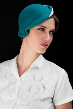 Vintage cloche hat, normally the cloche style is not my thing but this jaunty asymmetrical style has won me over