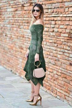 Fabulous Crochet a Little Black Crochet Dress Ideas. Georgeous Crochet a Little Black Crochet Dress Ideas. Hairpin Lace Crochet, Crochet Lace Dress, Knit Dress, Knit Crochet, Knitting Designs, Crochet Designs, Crochet Patterns, Quoi Porter, Mode Chic