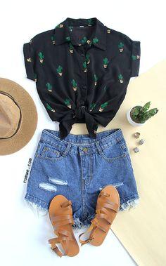Black Buttons Front Cactus Print Chiffon Blouse  ♪♪♪♪Print Funny t shirt. Short sleeve casual blouse .Black blouse printed women. Cotton design t-shirt. Cheap online buy blouses at ROMWE.
