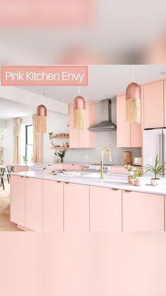 Pink Kitchen Cabinets, Pink Kitchen Decor, Kitchen Colors, Kitchen Interior, New Kitchen, Pink Kitchen Designs, Pink Home Decor, Boho Kitchen, Kitchen Ideas
