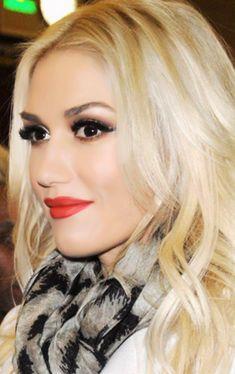 Gwen Stefani - live the makeup, live the hair. Gwen And Blake, Blake Shelton And Gwen, Gwen Stefani And Blake, Gwen Stefani Style, Gwen Stefani Makeup, Gwen Stefani Pictures, Gwen Stephanie, Gwen Stefani No Doubt, Makeup Inspiration