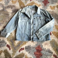 Old Navy Jean Jacket A light jean jacket rinse, long sleeved. A looser fit and covers the whole back. Old Navy Jackets & Coats Jean Jackets