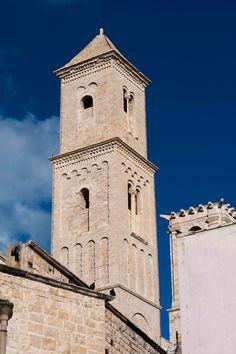 Giovinazzo A castle on the sea - Places - Puglia