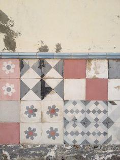 CARREAU DE CIMENT   pink,white,grey