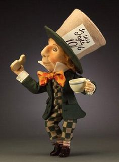 *FELT ART ~ made of all felt, by: R. John Wright Collectible Dolls, THE MAD HATTER