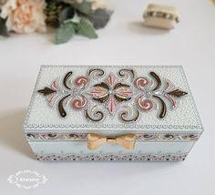 Cigar Box Diy, Diy Box, Rock Painting Patterns, Dot Art Painting, Mandala Art, Painted Rocks, Hand Painted, Wooden Boxes, Pink And Green
