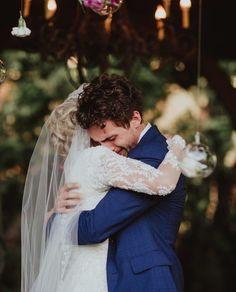 The best bride and groom photos Wedding Couple Photos, Wedding Picture Poses, Wedding Pics, Groom Crying, Wedding Photography Checklist, Photography Ideas, Groom Reaction, Best Bride, Wedding Goals
