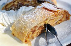 Oryana Natural Foods Market : Apple Strudel with phyllo dough Apple Desserts, Köstliche Desserts, Apple Recipes, Delicious Desserts, Dessert Recipes, Phyllo Dough Recipes, Strudel Recipes, Pastry Recipes, Apple Strudel Phyllo Recipe