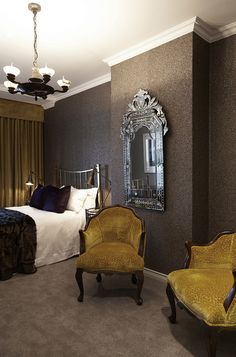 Gentlemen | Bedroom | James Mudge | Copper Bed | Sleep | Texture Wallpaper | Mica | Apartment | Interior design | Etienne Hanekom Interiors