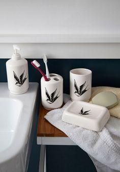 Learning Good Habitats Bathroom Set - White, Black, Print with Animals, Rockabilly