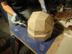 Resin and Pepakura : A simple guide to the safe use of fiberglass resin