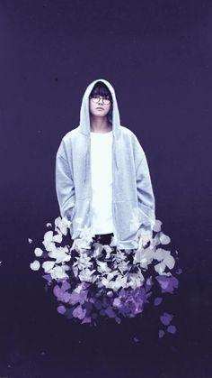 BTS Taehyung Lockscreen/Wallpaper - Credits to owner/artist