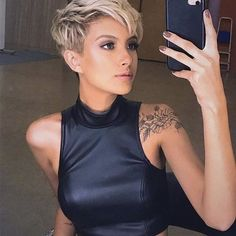 New Trend Pixie Hairstyles - Haircut Samples - - New Trend Pixie Hairstyles – Haircut Samples short hair bob pixie New Trend Pixie Frisuren – Haarschnittmuster Haircut Styles For Women, Short Haircut Styles, Short Pixie Haircuts, Pixie Hairstyles, Short Hairstyles For Women, Straight Hairstyles, Pixie Bob, Short Hair Cuts For Women Pixie, Edgy Pixie Cuts