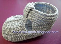 ARTES-ANAS: SANDALIA-ZAPATO DE VERANO BEBÉ A DOS AGUJAS Knitted Baby Boots, Baby Booties Knitting Pattern, Knit Baby Shoes, Knitted Booties, Knitted Hats, Knitting Patterns, Free Knitting, Baby Knitting, Crochet Baby