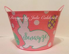Personalized Easter buckets! #cricut #vinylprojects #DIY