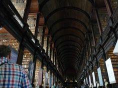 トリニティ カレッジ図書館 「死ぬまでに行ってみたい世界の図書館15」 トリップアドバイザー