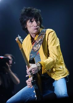 """Rolling Stones """"new boy"""" Ronnie Wood features in snaps with the legendary rock band. Rock And Roll Bands, Rock Bands, Rock N Roll, Rolling Stones Tour, Like A Rolling Stone, Ronnie Wood, David Wood, Ron Woods, Guitar Photos"""