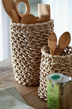 Sisal, Bamboo Weaving, Basket Weaving, Newspaper Crafts, Boho Diy, Beach Crafts, Craft Sale, Recycled Crafts, Home Decor Furniture
