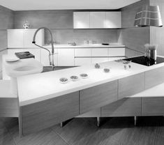 Minimalist kitchen with Off Set countertops Check more at http://furnituremodel.info/56742/minimalist-kitchen-with-off-set-countertops/