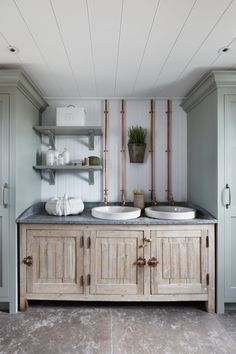 this boot room features reclaimed florist sinks fitting perfectly between modern joinery + bespoke brass taps Bathroom Interior Design, Kitchen Interior, Interior Design Living Room, Kitchen Design, Bleached Wood, Henley On Thames, Interior Staircase, Hallway Designs, Lounge Design