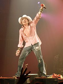 AXL ROSE- my babys other daddy ;) <3