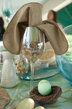 Egg + Nest = The perfect Easter place cards