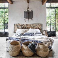 Sunday lusting via @paulinaarcklin  #interiors #interiordesign #architecture #interiorsphotography #realestate #propertystyling #bedroom #designer #homebeautiful #rustic #scandi #thestylephiles