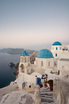 Oia, Santorini, Greece - ELLEDecor.com
