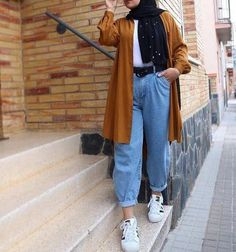 Revamp your hijab style with trending outfit ideas Hijab Fashion Summer, Modest Fashion Hijab, Modern Hijab Fashion, Street Hijab Fashion, Casual Hijab Outfit, Hijab Fashion Inspiration, Muslim Fashion, Mode Outfits, Fashion Outfits