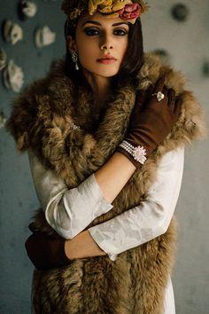 60s Vintage Photographer: Emre Bezikoğlu Model: Model: Ivana Djokic Makeup and Hair:Çetin Tekin - Hüseyin Altun Styling: Tuğçe Seçen