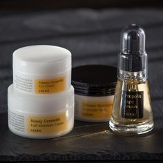 The best of Korean skin care brands in Switzerland. COSRX products are now available at The Curated Skin. Face Beauty, K Beauty, Propolis, Cosrx, Korean Skincare, Eye Cream, Clear Skin, Bling Bling, Makeup Brushes