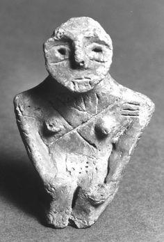 Nude female figurine - Early Bronze Age. Region: Anatolia