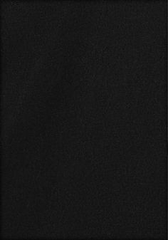 Hübscher Style mit Spaghettiträgern und angesetzten Volants an den Schultern. Weiter Ausschnitt mit angedeutetem »V«. Figurbe tonende Form. Länge ca. 62 cm.  Aus 95% Viskose, 5% Elasthan....