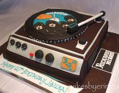 Beatles Record Player Very Cool. .... cakesbyerin.ca