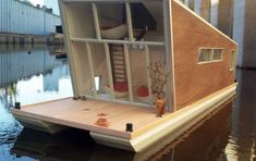"houseboat eco ""Schwimmhaus"""