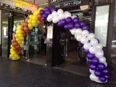 AFL Grand Final balloon arch by Carnival & Party Warehouse www.carnivalandparty.com.au   Facebook/CarnivalPartyAU