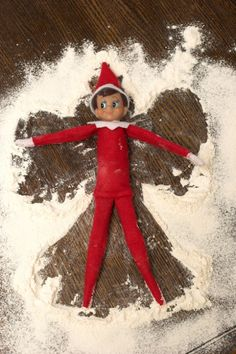 25 Sneaky Elf on a Shelf Ideas That Your Kids Will Remember Forever These elf on a shelf ideas are AMAZING! I was looking for the elf on a shelf ideas to use this year and this article has an id Noel Christmas, Christmas Elf, All Things Christmas, Christmas Countdown, Christmas Ideas For Kids, Christmas Music, Funny Christmas, Christmas Inspiration, Christmas Cookies