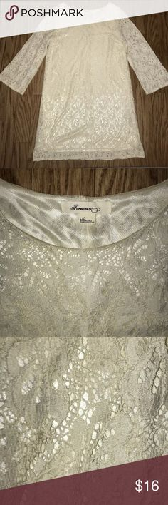 Forever 21 Women's Lace Dress Forever 21 Women's Lace Dress in excellent condition.  Size: L Color: Ivory Forever 21 Dresses Midi