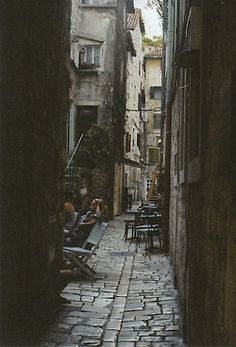 alley...