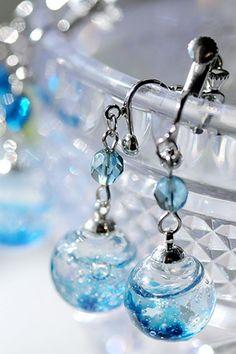ハンドメイドマーケット minne(ミンネ)| 【The Star -海色-】イヤリング Handmade Accessories, Jewelry Accessories, Handmade Jewelry, Diy Resin Crafts, Jewelry Crafts, Resin Jewelry Making, Magical Jewelry, Kawaii Jewelry, Gem Diamonds