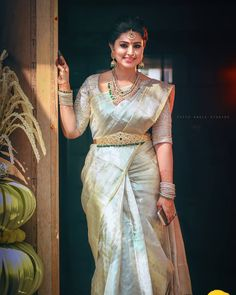Top 5 South Indian Wedding Saree Trends Actress Sneha Wears Uppada T To Bridal Sarees South Indian, Wedding Silk Saree, Indian Bridal Fashion, Indian Wedding Sarees, South Indian Bride Jewellery, South Indian Weddings, Indian Jewellery Design, Pattu Saree Blouse Designs, Half Saree Designs