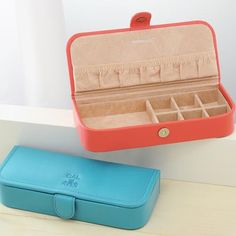 excellent bridesmaid gift ideas. Monogrammed Leather Jewelry Box by Beau-coup