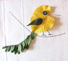 recycled-crafts-kids-room-decorating-fall-leaves (3)