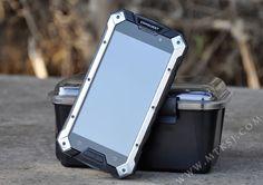 """Novedad: Conquest S6, un nuevo smartphone """"a prueba de bombas"""""""