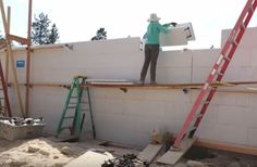 ICF Construction: Full Home Build Experience Concrete Footings, Concrete Wall, Icf Concrete, Insulated Concrete Forms, Reinforced Concrete, Icf Blocks, Icf Walls, Icf Home, The Buttress