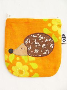 Hedgehog coinpurse www.delfiadesign.com www.facebook.com/Delfiadesign