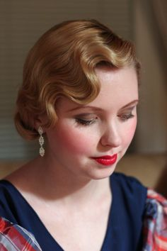 Vintage Hairstyles For Prom hair styles to adore 30s Hairstyles, Vintage Hairstyles, Wedding Hairstyles, 1940s Hairstyles Short, Wedding Hair And Makeup, Hair Makeup, Estilo Gatsby, Vintage Updo, Vintage Makeup